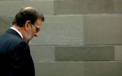 Rajoy, entre Luis («sé fuerte») y Alfonso («yo te quiero»)